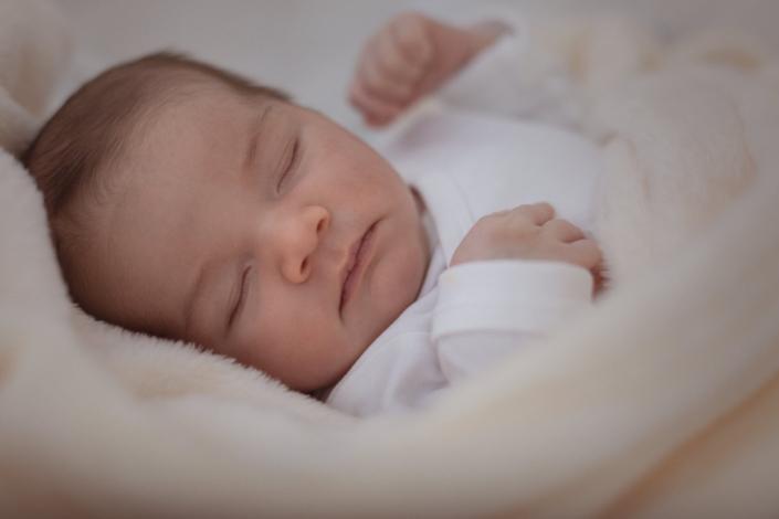 Newborn shoot babyboy, Kapellen, België